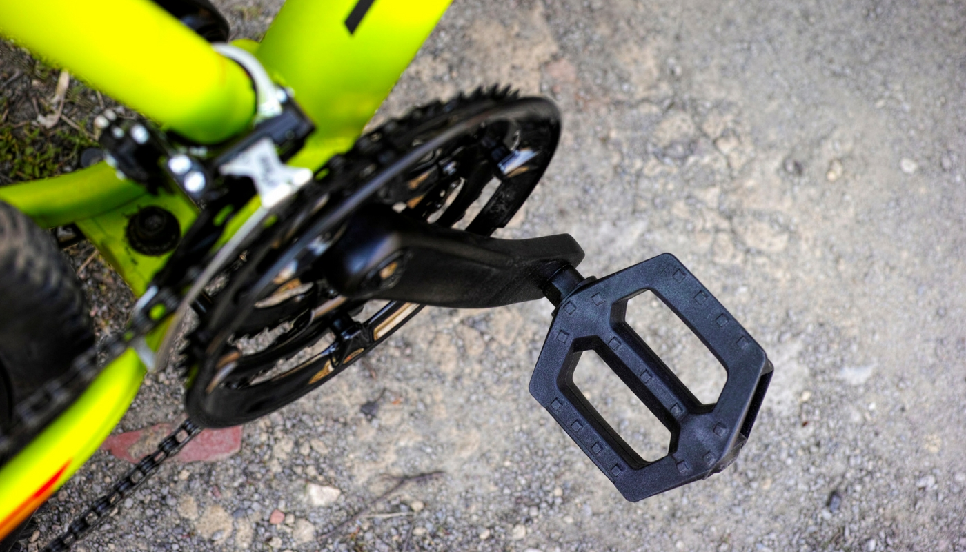 Platform mountain bike pedals